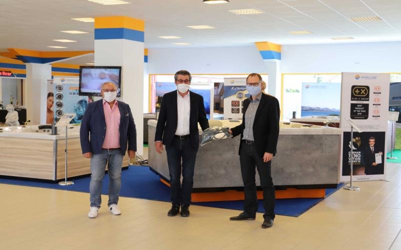 Unternehmerfamilie Knoll spendet der gesamten Gemeinde Deißlingen-Lauffen 6.000 Mund-Nasenmasken