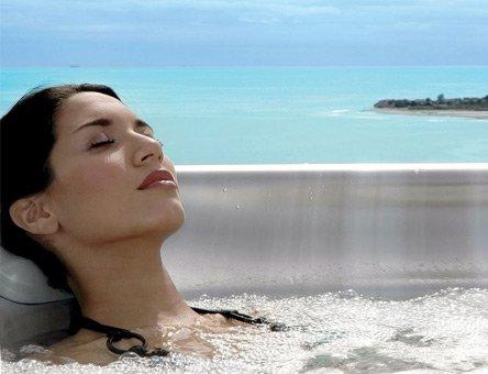 Entspannen im Whirlpool Cal Spas Escape Plus Malibu